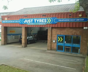 Just Tyres in Daventry