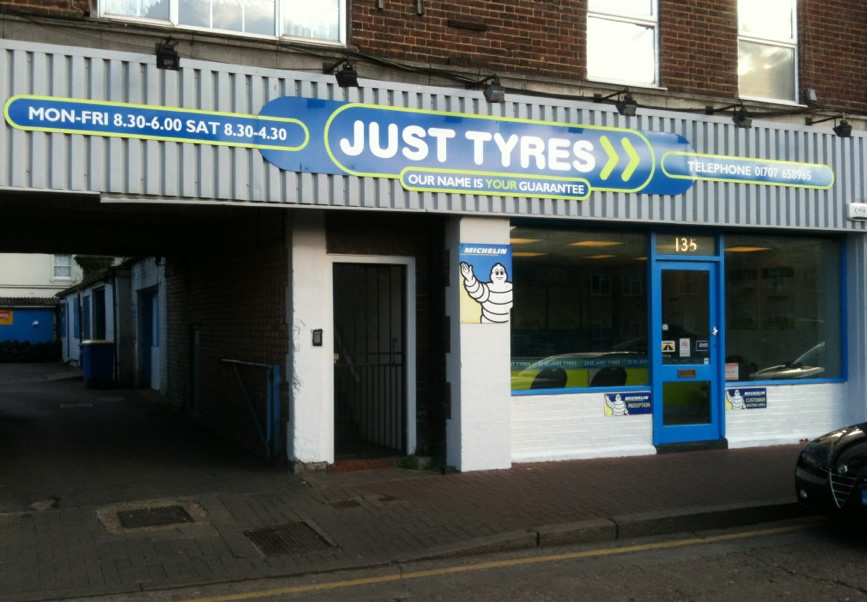 Just Tyres in Potters Bar